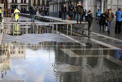 """Wenecja w strachu. Nadchodzi trzeci przypływ i """"wielka woda"""". Wideo i zdjęcia"""
