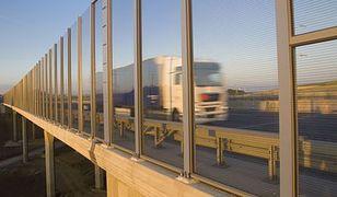 Kradzieże z ciężarówek. Nowe metody, policja rozkłada ręce