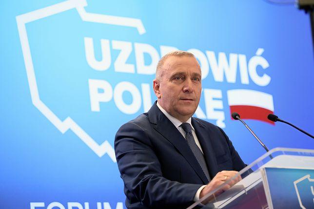 """Makowski: """"Schetyna chce uzdrowić Polskę? Proponuje przeterminowane leki"""" [OPINIA]"""