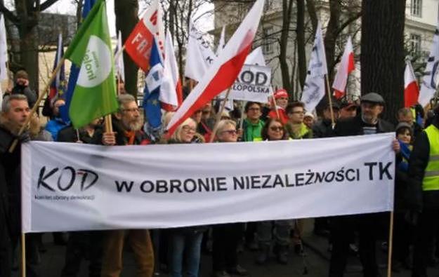 Manifestacja w obronie demokracji i konstytucji odbędzie się także w Poznaniu