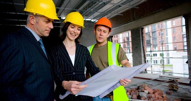 Praca w budownictwie: czy się opłaca?