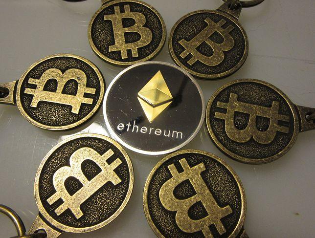 Na bitcoinie zarabiają nieliczni. Stracić może wielu