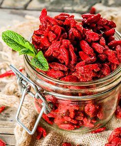 Maseczka z jagód goji. Jak przygotować jesienny kosmetyk do pielęgnacji cery?