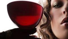 7 rzeczy, które musisz wiedzieć o kobietach i alkoholu