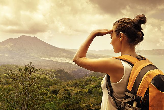Kobiety coraz chętniej wyjeżdżają w samotną podróż