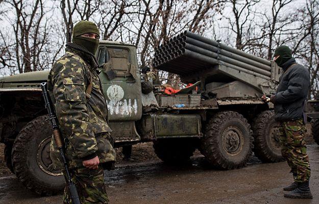 """Ukraińska armia rozpoczęła wycofywanie systemów """"Grad"""" z linii walk"""