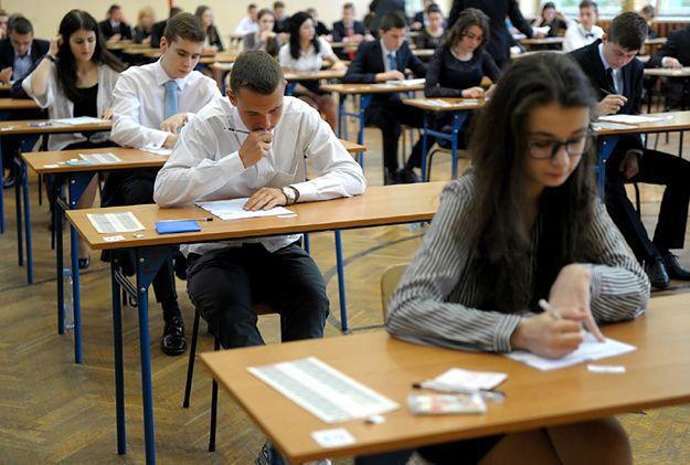 Egzamin ósmoklasisty (trwa strajk nauczycieli 2019)