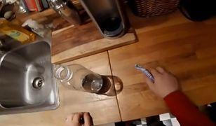 Co się stanie, kiedy mentosa wrzucimy do wody, zamiast do coli?