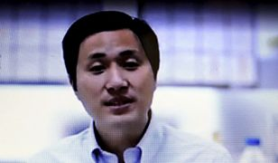 Chiński naukowiec obecnie przebywa w areszcie domowym