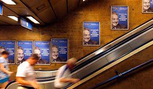 """Plakaty z hasłem """"Nie pozwólmy, by Soros śmiał się ostatni"""" promują narodowe konsultacje ws. """"planu Sorosa"""""""