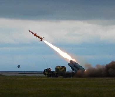 Artyleria rakietowa Neptun w akcji.