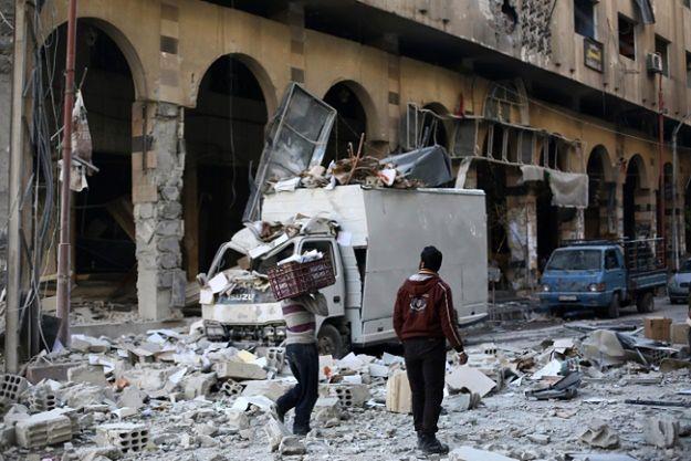 Bomby eksplodowały w trzech restauracjach
