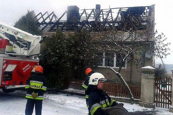 Spalony budynek w Tarnawie Rzepińskiej