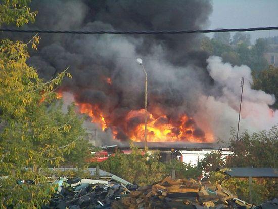 Pożar budynku socjalnego - zobacz zdjęcia