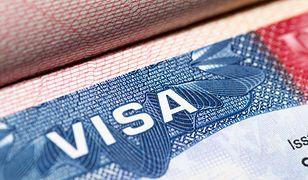 Rekordowo niski poziom odmów dla Polaków ubiegających się o wizy do USA