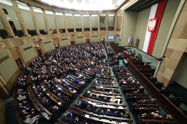 Sejm powołał komisję nadzwyczajną ds. zmian w regulaminie
