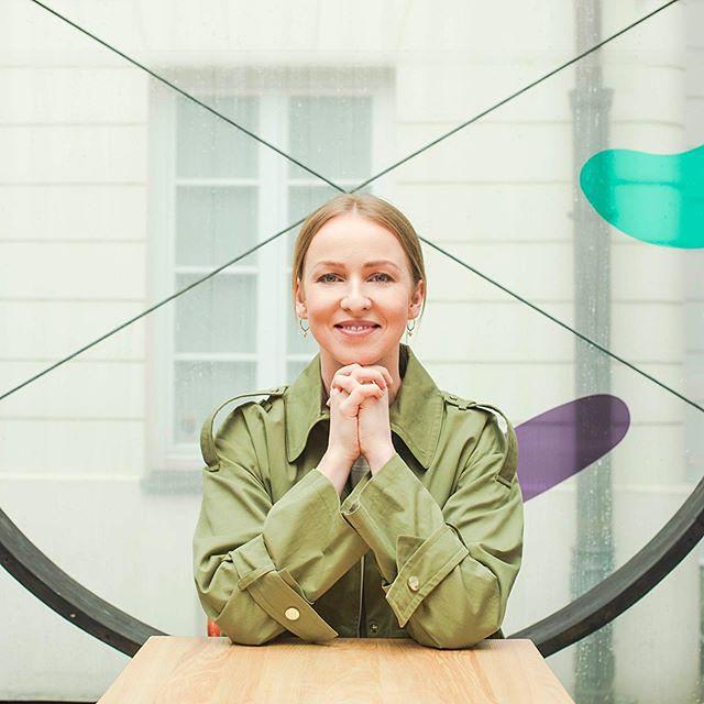 Urszula Brzezińska-Hołownia przyznała, że jej mąż potrafi przekazywać wiedzę, a równocześnie świetnie słuchać