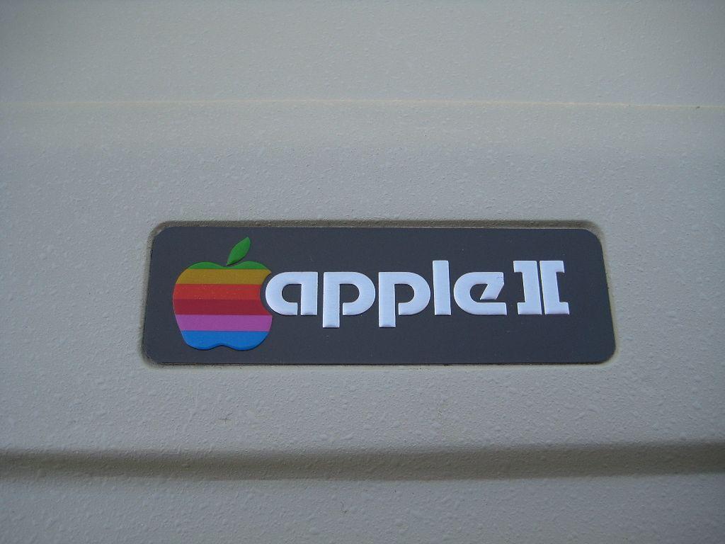 Apple ][ - komputer na każdym biurku