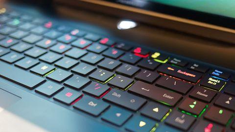 Aorus X7 v7 pokazał, że laptop do grania nie musi wyglądać jak cegła