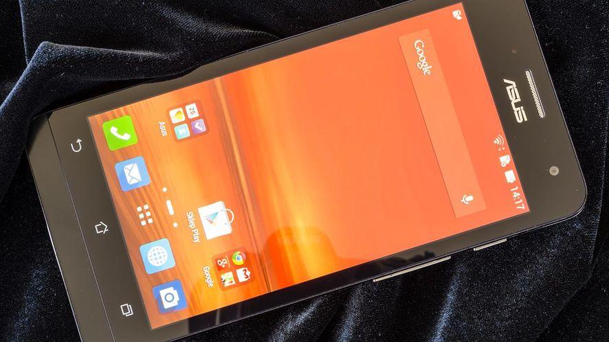 Dobrze wykonany smartfon ASUS-a z Dual SIM i procesorem Intela za 799 zł
