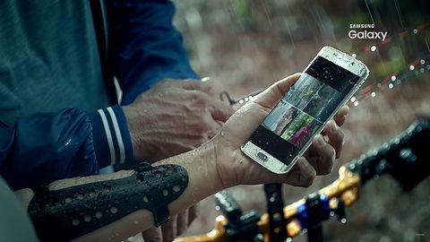 Wyciekła reklama Samsunga Galaxy S7: smartfon z najwyższej półki dla aktywnych