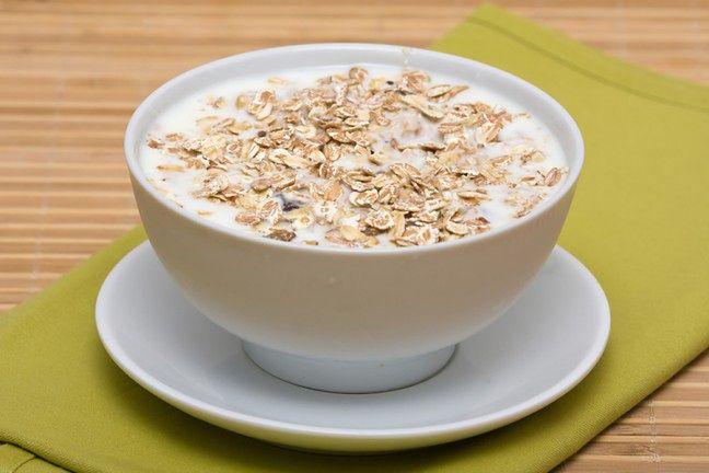 Jogurt i płatki owsiane