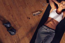 Umięśniony brzuch – efekt kaloryfera, najlepsze ćwiczenia, 6 Weidera