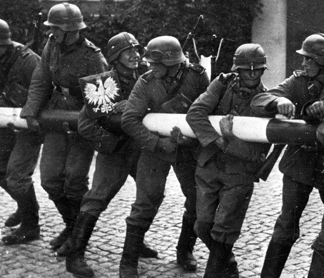 Niemieccy żołnierze na granicy Polski we wrześniu 1939 r.