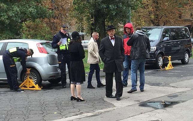 Prezes partii Wolność w poniedziałek rano widziany był na warszawskim placu Narutowicza w nieprzyjemnych okolicznościach