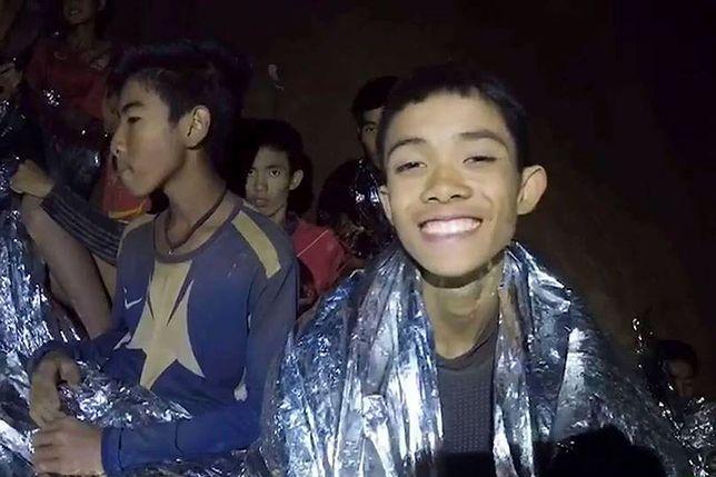W jaskini zostało 4 chłopców oraz trener. Nie wiadomo, czy we wtorek uda się im pomóc