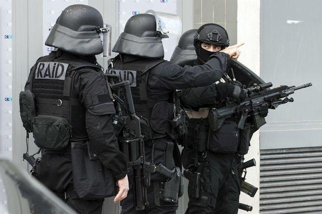 We Francji zatrzymano 5 Czeczenów. Planowali atak terrorystyczny