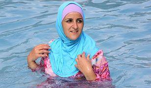 """""""Dzień burkini"""" we francuskim aquaparku budzi kontrowersje"""