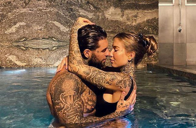 Deynn i Majewski odbijają sobie zaległą rocznicę ślubu na Malediwach.