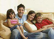 Premier: nie każdy pieniądz wydany na rodzinę sprzyja dzietności