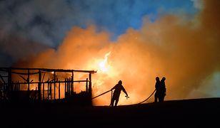Pożar po wybuchu gazociągu w Murowanej Goślinie