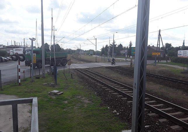 Śląskie. W Koniecpolu zatrzymują się m.in. pociągi jeżdżące z Kielc do Częstochowy.