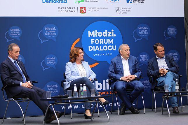 Lublin. Debata polityków PO - (od lewej) Tomasz Grodzki, Małgorzata Kidawa-Błońska, Grzegorz Schetyna, Radosław Sikorski