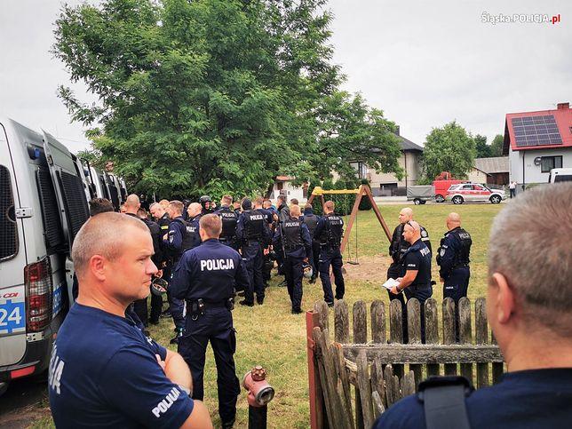 W akcji poszukiwawczej uczestniczy ponad 200 policjantów