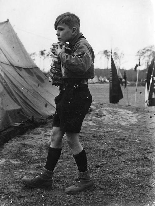 Hitlerjugend - harcerze Hitlera