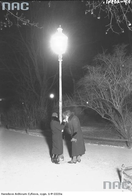 Dziewczyny spod latarni, czyli o prostytutkach w II RP