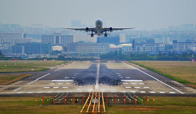 """Linie lotnicze czekają ciężkie lata. """"Powrót do normalności nastąpi w 2023 r."""""""