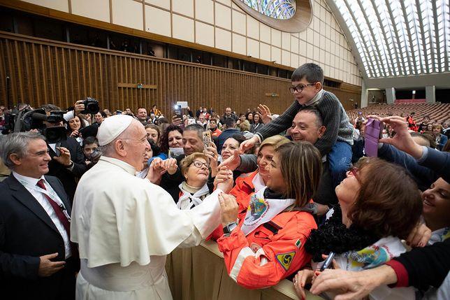 Niezwykły gest papieża. Spotkał się z chorymi na raka z Polski