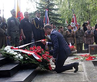 Uroczystości 72. rocznicy Powstania Warszawskiego pod pomnikiem Gloria Victis