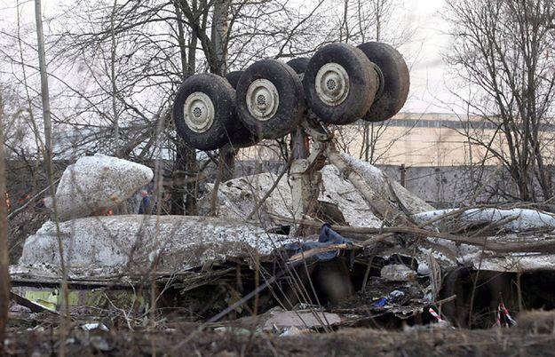 """Niepublikowane nagrania z kokpitu Tu-154M: """"Będziemy próbować do skutku"""""""