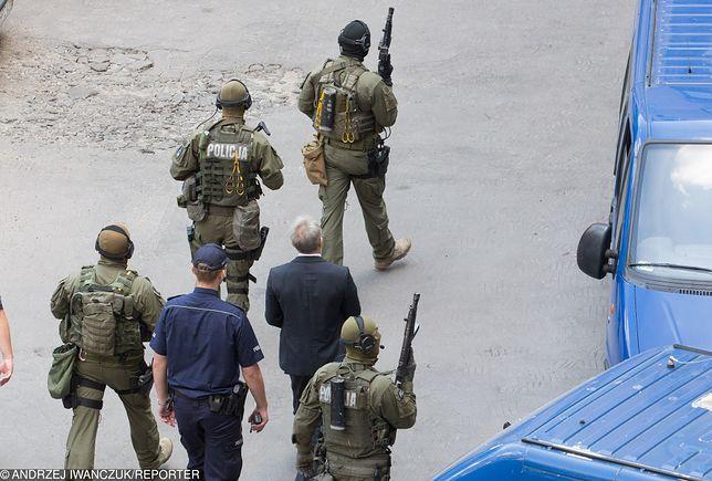 """""""Słowik"""" w rękach policji"""