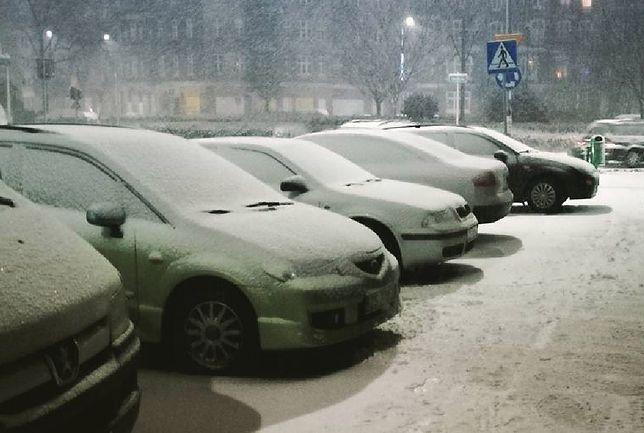 Uwaga, idzie załamanie pogody. Zimno, śnieg i wichury