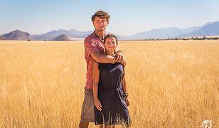 """""""Najpiękniejsze miejsca w Afryce to te które znajdują się daleko od cywilizacji, dolina Marienfluss skradła nasze serca swoim harmonijnym pięknem i nieskalaną naturą"""" - mówią Dominika i Jacek"""