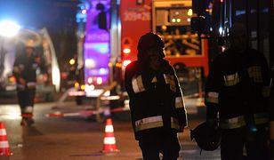 W nocnej akcji uczestniczyły trzy zastępy straży pożarnej