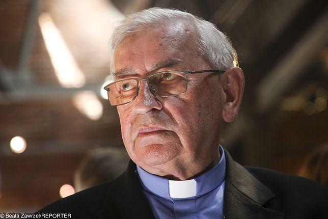 Czy biskup Pieronek naprawdę uważa, że w Polsce panuje dyktatura Kaczyńskiego?