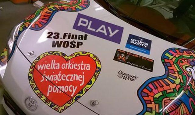 Polski art car WOŚP na wyścigu w Dubaju. Start już jutro